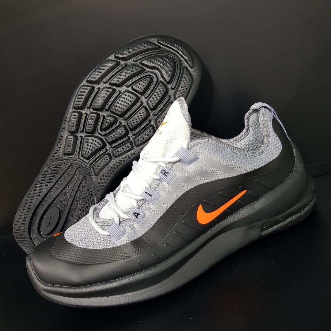 online store 51a96 588a2 Nike Air Max Axis