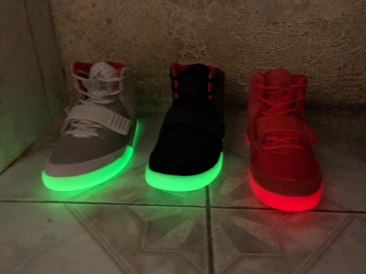 bastante barato comprar barato alta moda Nike Air Yeezy 2 Red October