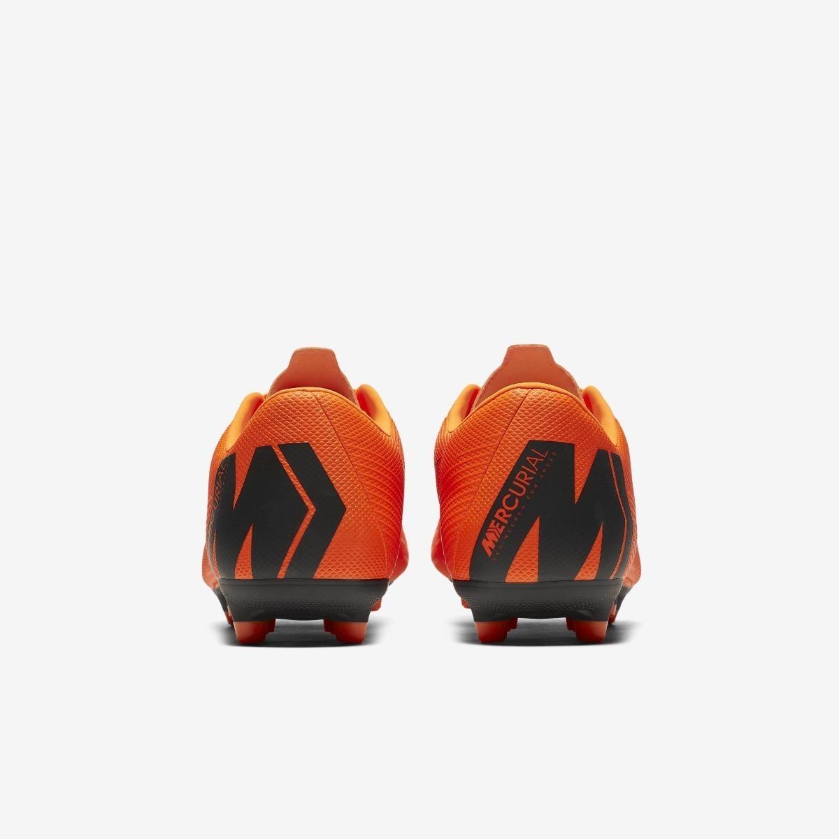 c61de50a58 Chuteira Nike Mercurial Vapor 12 Academy Mg Campo - Laranja - R  249 ...