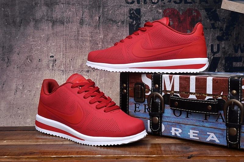 Nike Cortez rojo