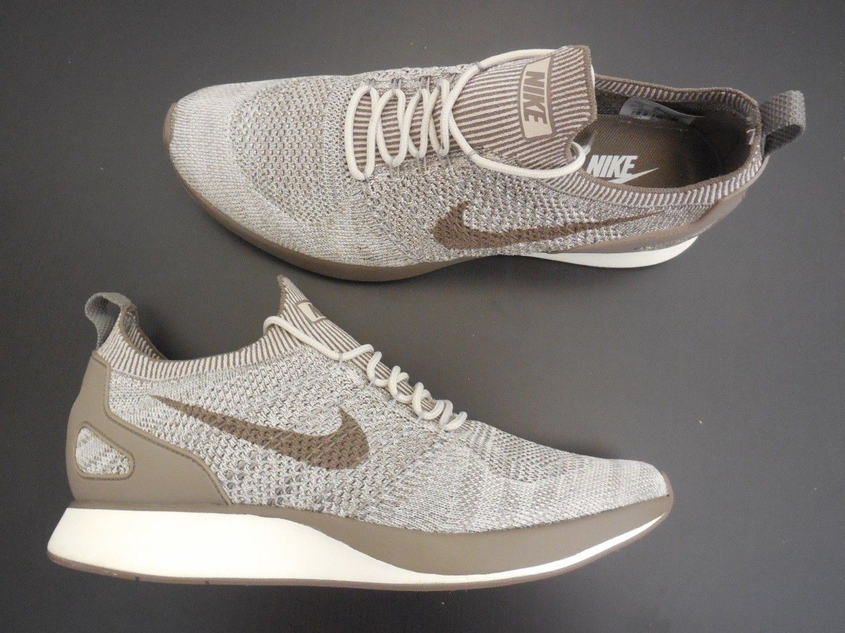 Nike Flyknit Racer beige