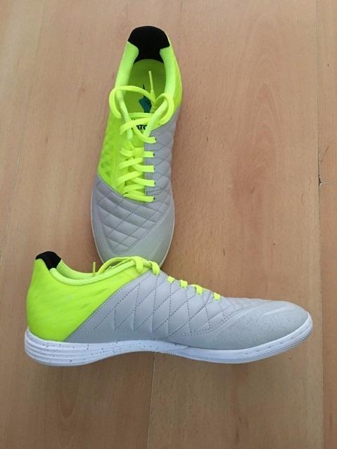 54b52ed296f53 Chuteira Nike Lunar Gato Futsal Profissional Nova Original - R  369 ...