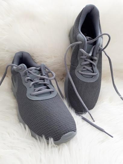 zapatillas deportivas plantilla con memoria nike hombre gris · zapatillas  nike hombre · nike hombre zapatillas 2f13feae360e3