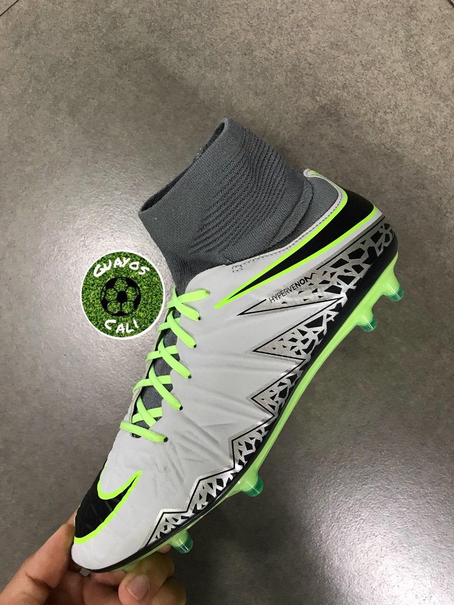 ad78114c06cd2 Nike Hypervenom Blancos -   260.000 en Mercado Libre