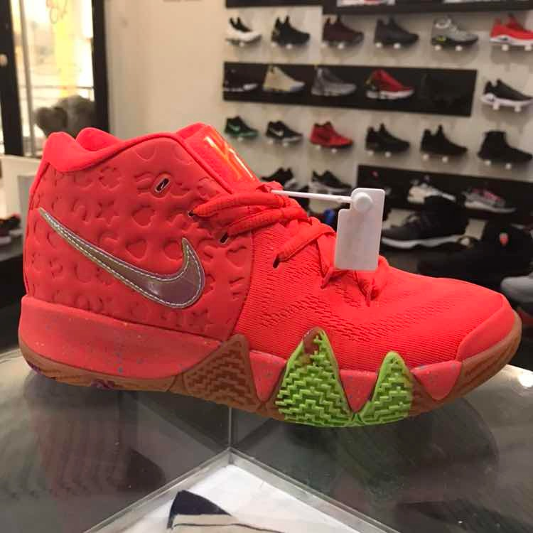 new concept 45c08 d2d6f Nike Kyrie Irving 4 Lucky Charms Edition