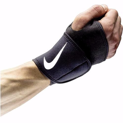 nike pro muñequera con soporte para dedo pulgar