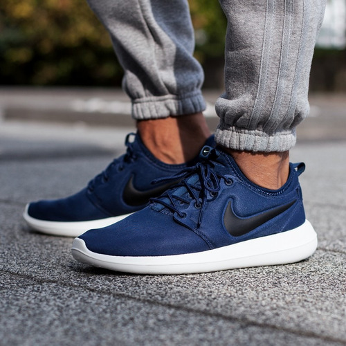 nike roshe run / nike pegasus 35 turbo