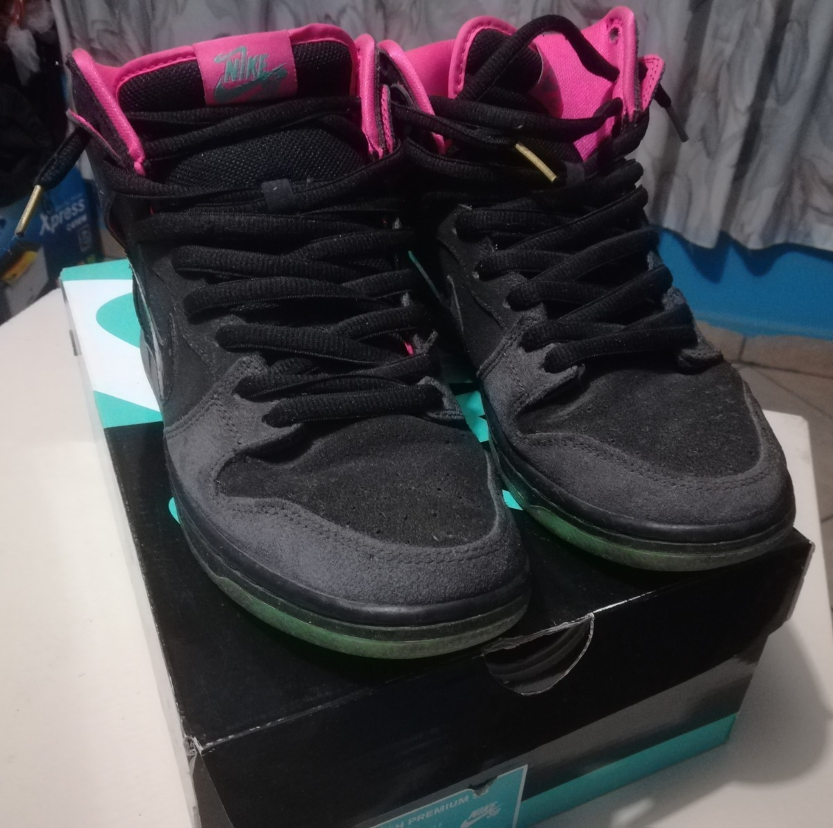 buy online c878a 7a6c8 Nike Sb Dunk High Premier Northern Lights (yeezy) - $ 3,200.00