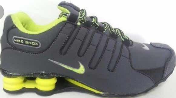 1f5daccc244 Nike Shox Cinza E Verde - R  150