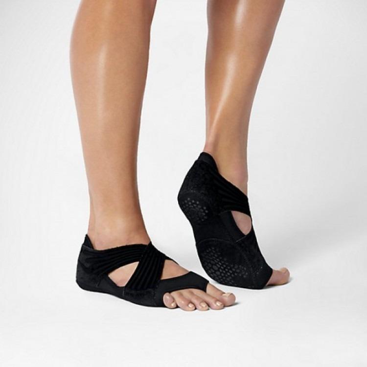 b9f589de7c Nike Studio Wrap 4 - 100% Original - Ioga Pilates Dança - R  119