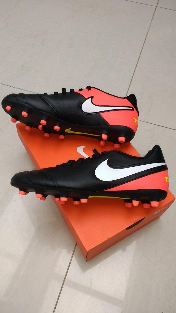 cce660905218a Nike Tiempo Rio