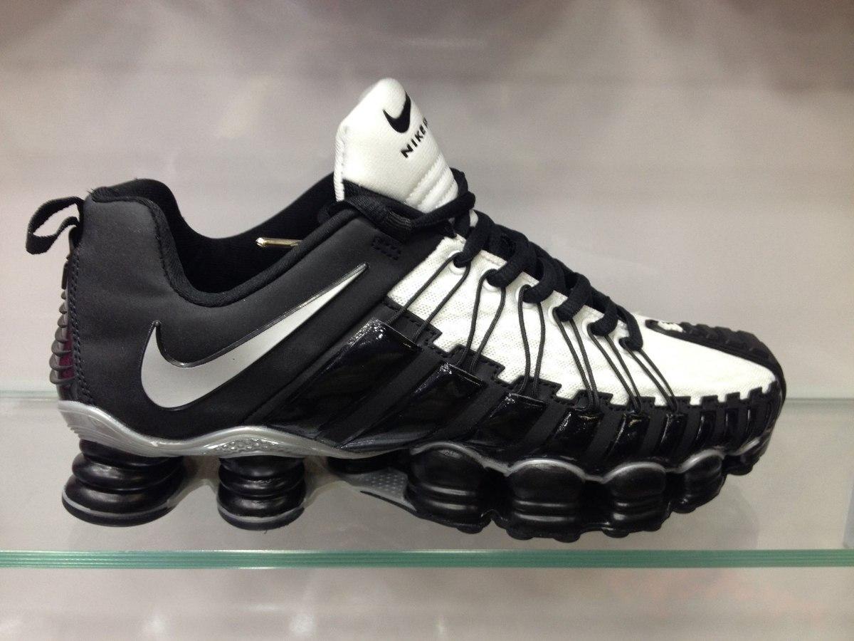 Nouveau Nike Shox 12 Printemps Noir Avec Ressort Gris excellent sortie en Chine expédition faible sortie confortable à vendre fourniture en ligne hNmfq
