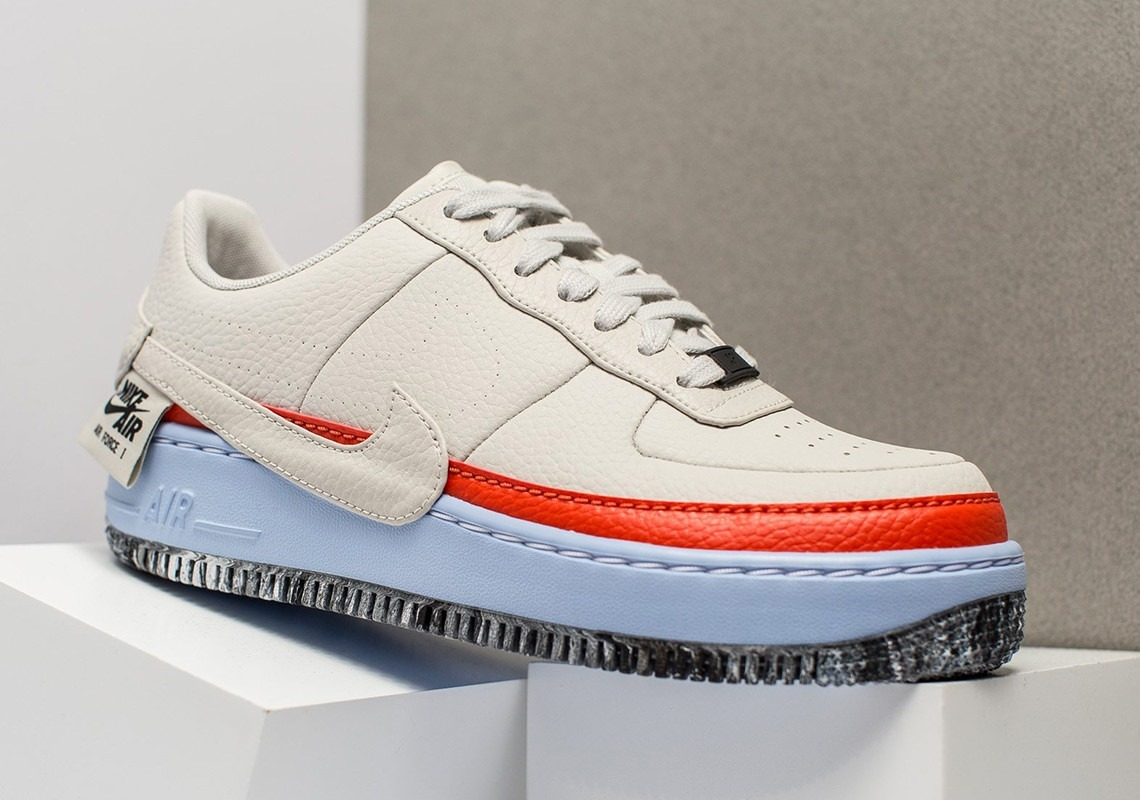 Nike Mujer Air Force 1 Jester NegrasAmarillas AT2497 001