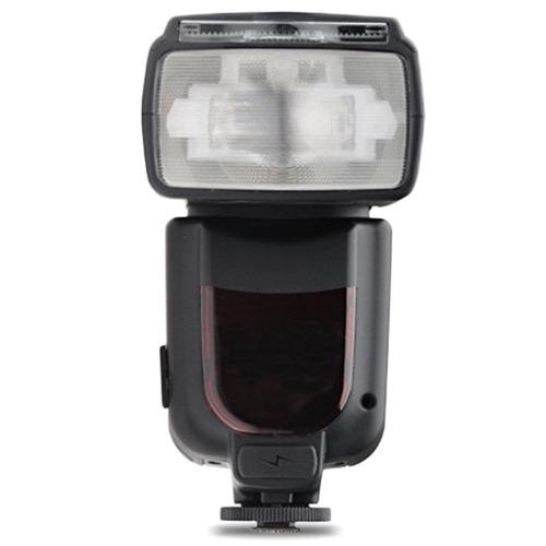 nikon d7200 dslr camera + af-p 18-55mm vr  35mm f / 1.8 35mm