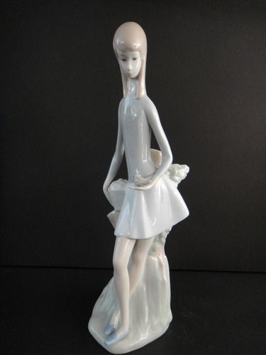 niña con pajarito -porcelana nao by lladro - spain