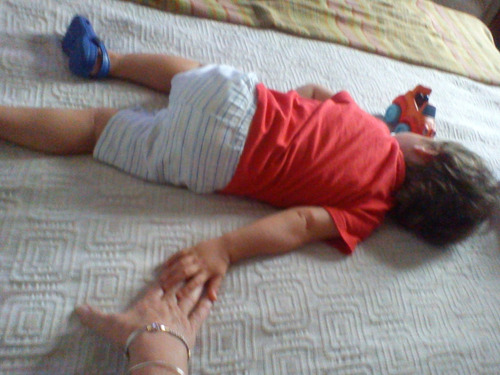 niñera experiencia  bebés y niños. acompañar persona mayores
