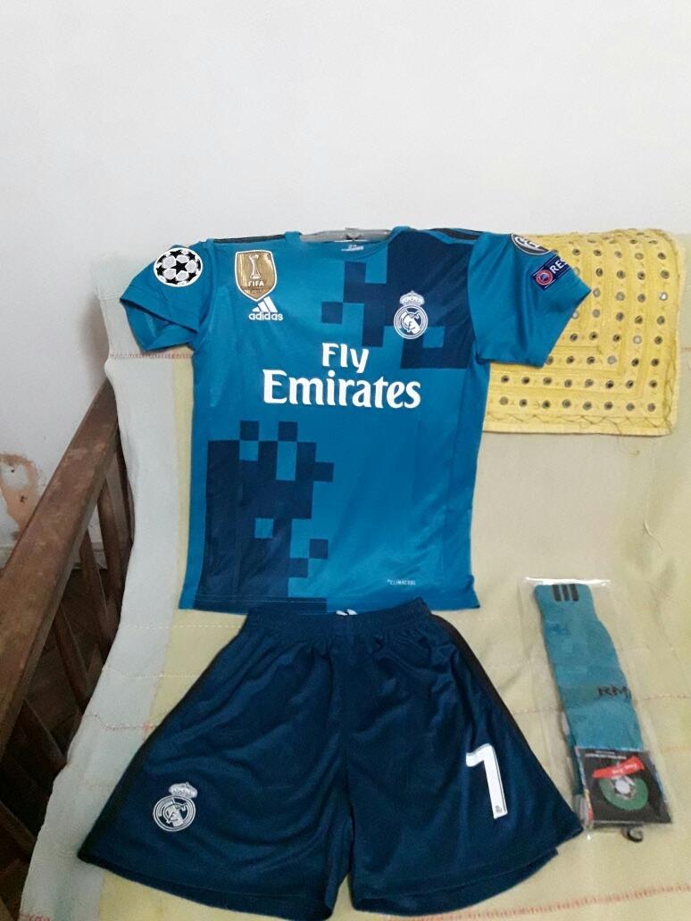 91c6e93c6f0e1 Conjunto Niños Ronaldo Real Madrid 3er Equip. 4 A 5 Años -   22.990 ...