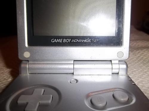 nintendo gameboy advance sp plateado con cargador