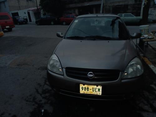 nissan  2006 sedan