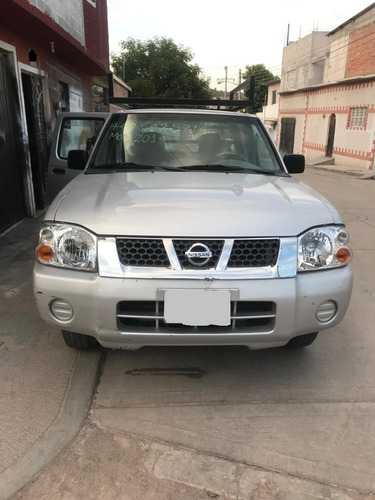 nissan 2014 np300, doble cabina