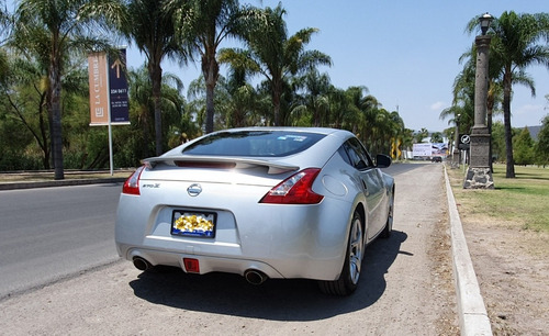 nissan 370z 3.7 coupe touring r-18 at 2009