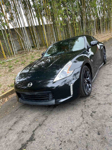 nissan 370z 3.7 touring mt 2016