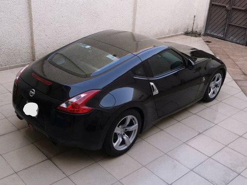 nissan 370z 3.7 touring r-18 at 2012