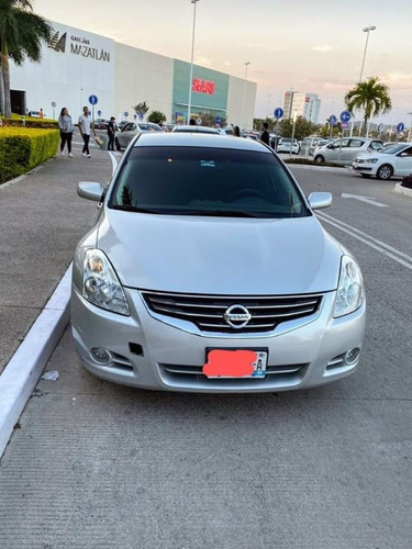 nissan altima 2.5 s basico at cvt 2010