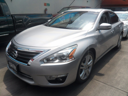 nissan altima 3.5 exclusive at 2014