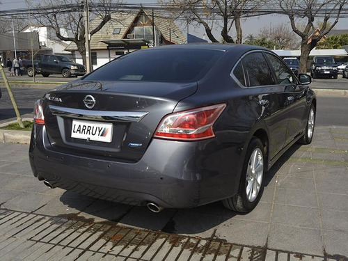 nissan altima  advance  2.5 at 2013