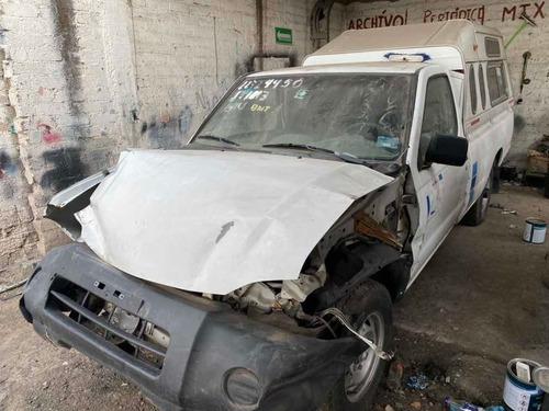 nissan chocada 2015 por partes np 300 pickup