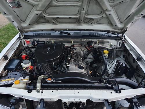 nissan d-22 4x2 gasolina