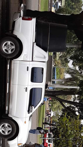 nissan d-22 se vende camioneta