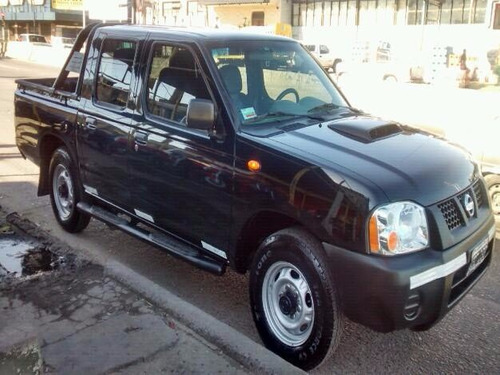 nissan doble cabina frontier np 300