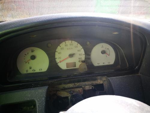 nissan estaquitas 2005 de gas