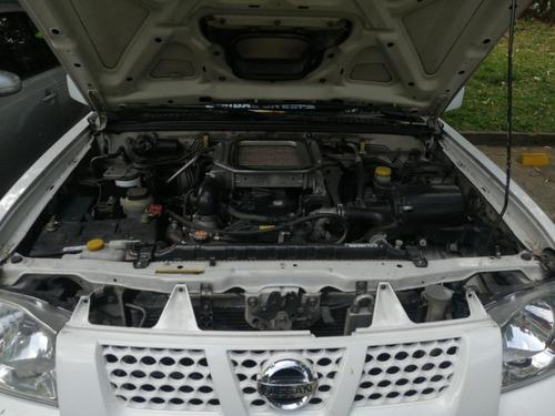 nissan frontier 2011 4x4 diesel