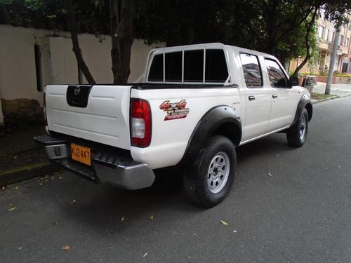 nissan frontier 2011 diesel 4x4