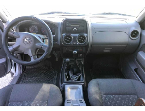nissan frontier 2.4 4x4 doble cabina 2015