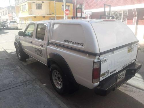 nissan frontier 2.5 diesel 4x4 doble cabina