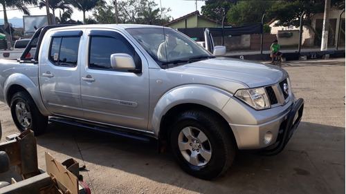 nissan frontier 2.5 xe cab. dupla 4x4 4p 2013