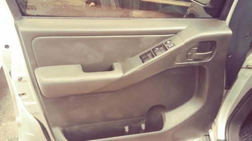 nissan frontier 2.5 xe cab. dupla 4x4  em otimo estado