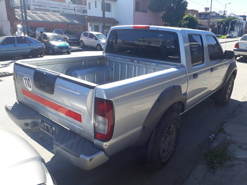 nissan frontier 2.8 dte cab doble xe aa 4x2