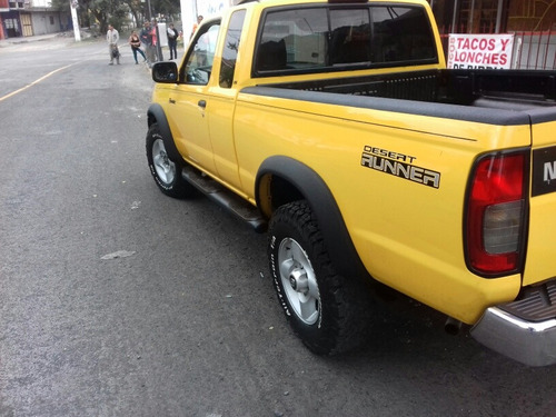 nissan frontier 3.3l xe 4x2 at 2000