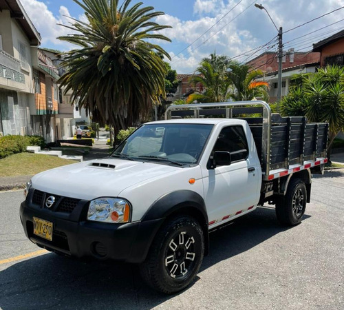 nissan frontier 4x4 turbo diesel