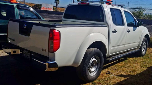 nissan frontier crew cab s, v6, 4x4, t/a, r16, modelo 2014