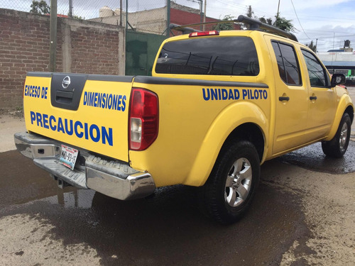 nissan frontier crew cab se 4x4 at 2010