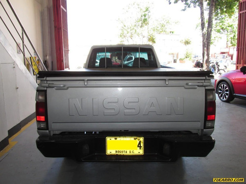 nissan frontier d22/np300