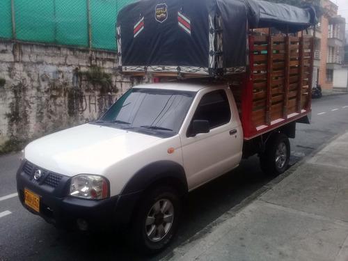 nissan frontier diesel. np 300 mt 300 cc 4x4