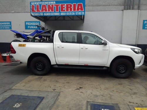 nissan frontier doble cabina 4 x 2