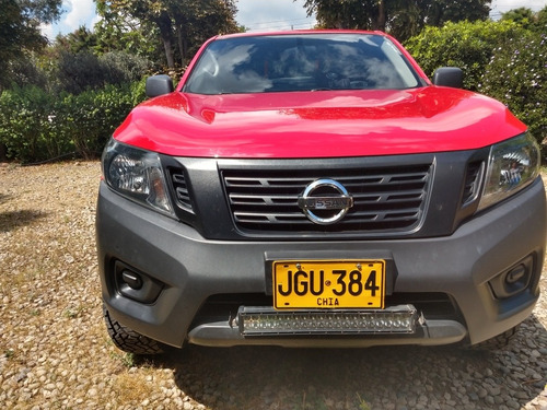 nissan frontier doble cabina 4x2